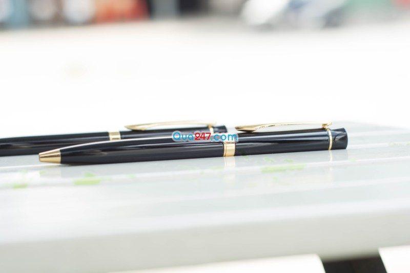 bút kim loại