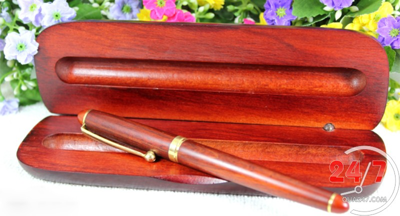 hộp bút gỗ